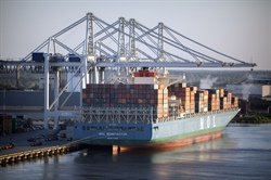 Savannah sees first vessel through expanded Panama Canal